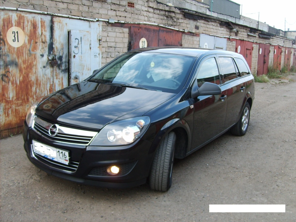 Подержанный Opel Astra, отличное состояние, черный металлик, 2012 года выпуска, цена 480 000 руб. в республике Татарстане