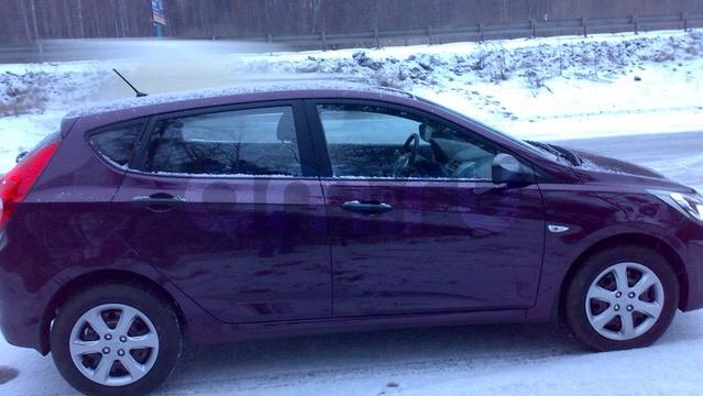Подержанный Hyundai Solaris, хорошее состояние, фиолетовый , 2011 года выпуска, цена 370 000 руб. в республике Татарстане