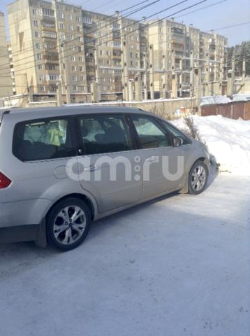 Подержанный Ford Galaxy, хорошее состояние, серебряный , 2010 года выпуска, цена 700 000 руб. в Челябинской области
