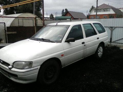 Подержанный Ford Escort, хорошее состояние, белый , 1998 года выпуска, цена 75 000 руб. в Челябинской области