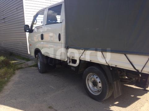 Подержанный Kia Bongo, хорошее состояние, белый , 2014 года выпуска, цена 900 000 руб. в ао. Ханты-Мансийском Автономном округе - Югре
