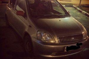 Автомобиль Toyota Vitz, среднее состояние, 2002 года выпуска, цена 180 000 руб., Санкт-Петербург