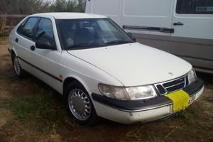Автомобиль Saab 900, хорошее состояние, 1996 года выпуска, цена 100 000 руб., Астрахань