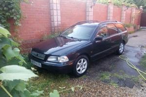 Автомобиль Volvo V40, среднее состояние, 1997 года выпуска, цена 150 000 руб., Ставропольский край
