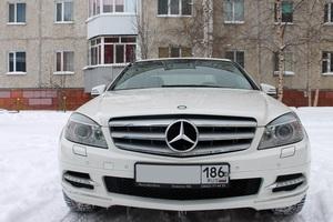 Подержанный автомобиль Mercedes-Benz C-Класс, хорошее состояние, 2010 года выпуска, цена 820 000 руб., Сургут