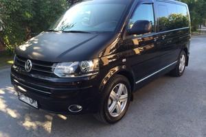 Автомобиль Volkswagen Multivan, отличное состояние, 2014 года выпуска, цена 3 300 000 руб., Тюмень