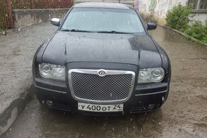 Автомобиль Chrysler 300C, битый состояние, 2006 года выпуска, цена 420 000 руб., Челябинск