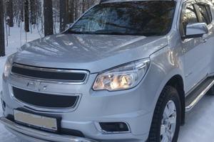 Автомобиль Chevrolet TrailBlazer, отличное состояние, 2013 года выпуска, цена 1 500 000 руб., Екатеринбург