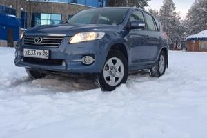 Подержанный автомобиль Toyota RAV4, хорошее состояние, 2011 года выпуска, цена 900 000 руб., Югорск