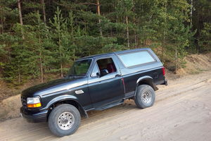 Автомобиль Ford Bronco, хорошее состояние, 1994 года выпуска, цена 430 000 руб., Москва