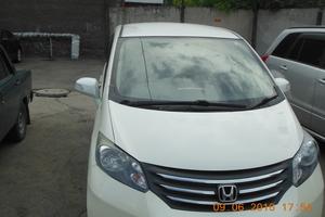 Автомобиль Honda Freed, отличное состояние, 2011 года выпуска, цена 650 000 руб., Барнаул