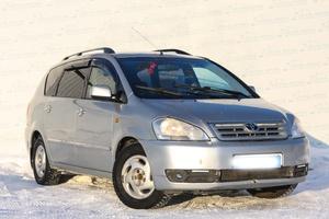 Авто Toyota Avensis Verso, 2002 года выпуска, цена 445 000 руб., Екатеринбург