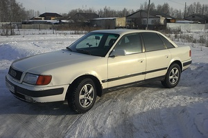Автомобиль Audi 100, хорошее состояние, 1994 года выпуска, цена 140 000 руб., Челябинск