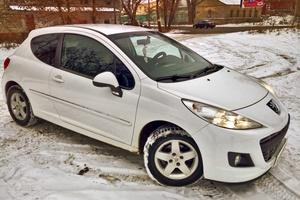 Автомобиль Peugeot 207, отличное состояние, 2010 года выпуска, цена 365 000 руб., Смоленск