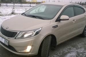 Автомобиль Kia Rio, отличное состояние, 2013 года выпуска, цена 550 000 руб., Сургут
