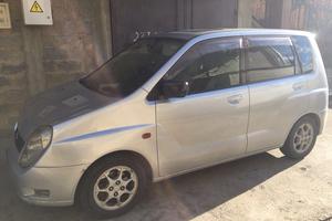Автомобиль Mitsubishi Dingo, среднее состояние, 1999 года выпуска, цена 146 000 руб., Сочи