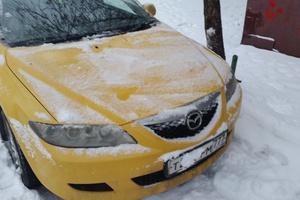 Автомобиль Mazda Atenza, хорошее состояние, 2002 года выпуска, цена 220 000 руб., Москва