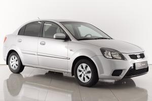 Авто Kia Rio, 2010 года выпуска, цена 354 000 руб., Ростовская область