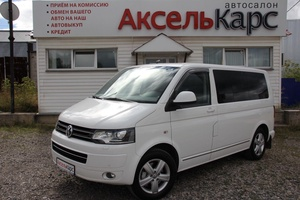 Авто Volkswagen Multivan, 2013 года выпуска, цена 2 199 000 руб., Киров