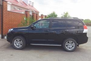 Автомобиль Toyota Land Cruiser Prado, отличное состояние, 2010 года выпуска, цена 2 100 000 руб., Челябинск