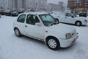 Авто Nissan March, 2001 года выпуска, цена 110 000 руб., Тюмень