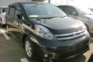 Автомобиль Toyota Isis, отличное состояние, 2009 года выпуска, цена 650 000 руб., Ставрополь