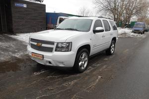 Авто Chevrolet Tahoe, 2012 года выпуска, цена 1 650 000 руб., Москва
