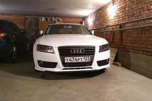 Подержанный автомобиль Audi A5, хорошее состояние, 2010 года выпуска, цена 950 000 руб., Краснодар