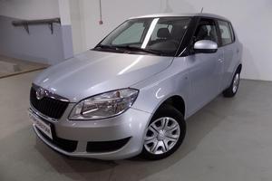 Авто Skoda Fabia, 2014 года выпуска, цена 545 000 руб., Санкт-Петербург