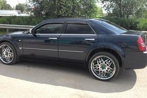 Автомобиль Chrysler 300C, хорошее состояние, 2005 года выпуска, цена 730 000 руб., Истра