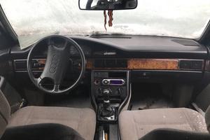 Подержанный автомобиль Audi 100, битый состояние, 1990 года выпуска, цена 35 000 руб., Москва