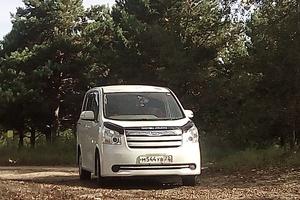 Автомобиль Toyota Noah, отличное состояние, 2008 года выпуска, цена 735 000 руб., Барнаул