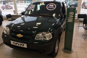 Авто Chevrolet Niva, 2015 года выпуска, цена 435 000 руб., Москва