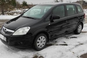 Автомобиль Opel Zafira, хорошее состояние, 2010 года выпуска, цена 560 000 руб., Луховицы