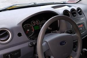 Автомобиль Ford Transit Connect, отличное состояние, 2013 года выпуска, цена 650 000 руб., Нальчик