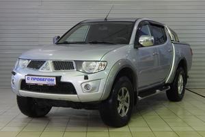 Авто Mitsubishi L200, 2012 года выпуска, цена 935 000 руб., Москва