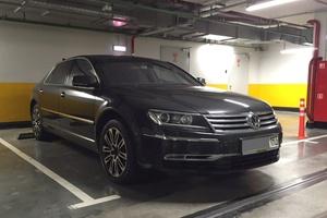 Автомобиль Volkswagen Phaeton, отличное состояние, 2010 года выпуска, цена 1 000 000 руб., Москва