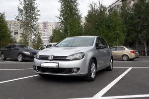 Автомобиль Volkswagen Golf, отличное состояние, 2012 года выпуска, цена 620 000 руб., Сургут