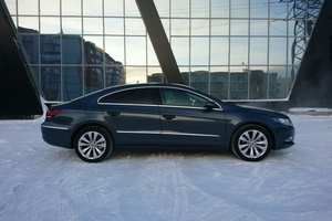Автомобиль Volkswagen Passat CC, хорошее состояние, 2012 года выпуска, цена 750 000 руб., ао. Ханты-Мансийский Автономный округ - Югра