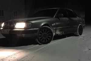 Подержанный автомобиль Audi 100, хорошее состояние, 1993 года выпуска, цена 135 000 руб., Москва