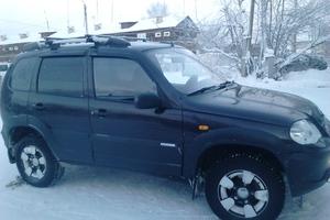 Подержанный автомобиль Chevrolet Niva, хорошее состояние, 2009 года выпуска, цена 310 000 руб., Ханты-Мансийск