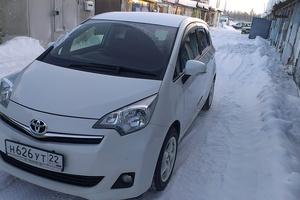Автомобиль Toyota Ractis, отличное состояние, 2011 года выпуска, цена 540 000 руб., Нягань