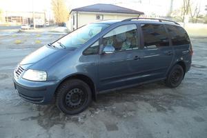Авто Volkswagen Sharan, 2005 года выпуска, цена 399 000 руб., Санкт-Петербург