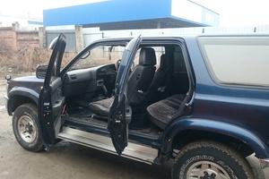 Автомобиль Toyota Hilux Surf, хорошее состояние, 1994 года выпуска, цена 425 000 руб., Томск
