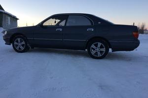 Автомобиль Toyota Crown, среднее состояние, 1994 года выпуска, цена 155 000 руб., Мурманская область