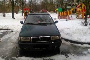 Автомобиль Skoda Felicia, среднее состояние, 2000 года выпуска, цена 60 000 руб., Санкт-Петербург