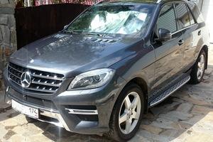 Автомобиль Mercedes-Benz M-Класс, отличное состояние, 2014 года выпуска, цена 2 990 000 руб., Челябинск