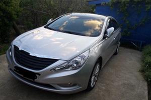 Подержанный автомобиль Hyundai Sonata, отличное состояние, 2012 года выпуска, цена 850 000 руб., Туапсе