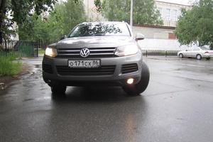 Автомобиль Volkswagen Touareg, отличное состояние, 2010 года выпуска, цена 1 500 000 руб., Нижневартовск