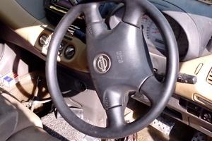 Автомобиль Nissan Tino, среднее состояние, 2000 года выпуска, цена 160 000 руб., Иркутск